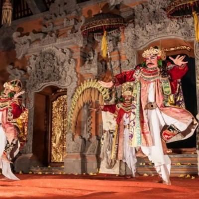 Gabungan Kesenian Klasik dan Modern di Bali Mandara Mahalango