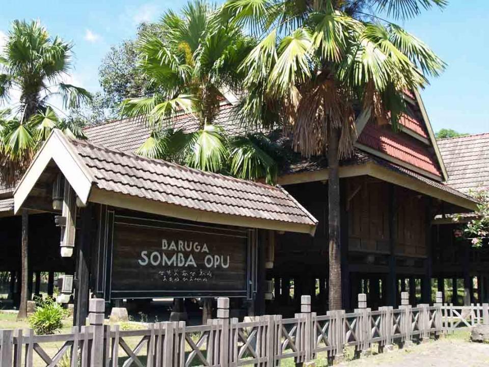 Wisata Sejarah dari Somba Opu