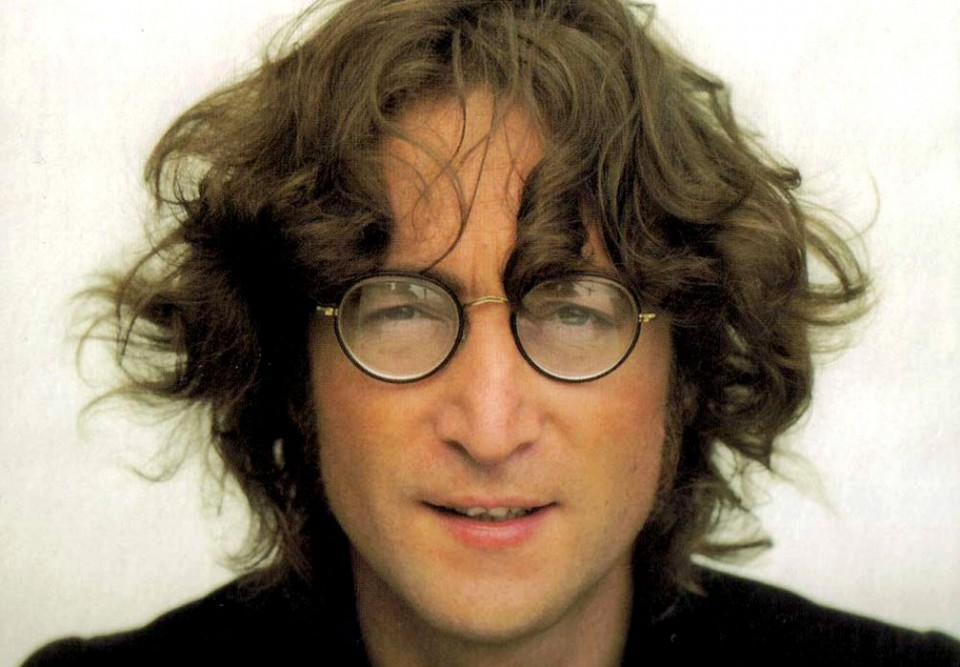 John Lennon Bangkit Lewat Rambut